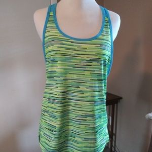 Under Armor womens racer back loose fit tank s XS